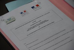 Violences conjugales : signature d'une convention de partenariat